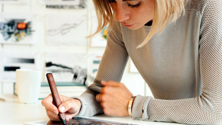 FiftyThree, makers of the award-winning Paper app, have created a Bluetooth stylus called Pencil.