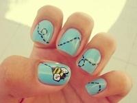<3: Nails Art, Nails Design, Nailart, Cute Nails, Nailsart, Naildesign, Nails Polish, Bumble Bees, Bees Nails