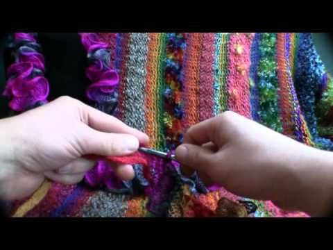 How To Crochet Frill Seeker Scarves @Stephanie  this is the scarf that you are making but in crochet