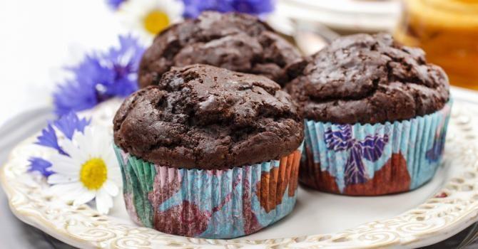 Recette de Muffins au chocolat et courgette pour brûler les graisses. Facile et rapide à réaliser, goûteuse et diététique.