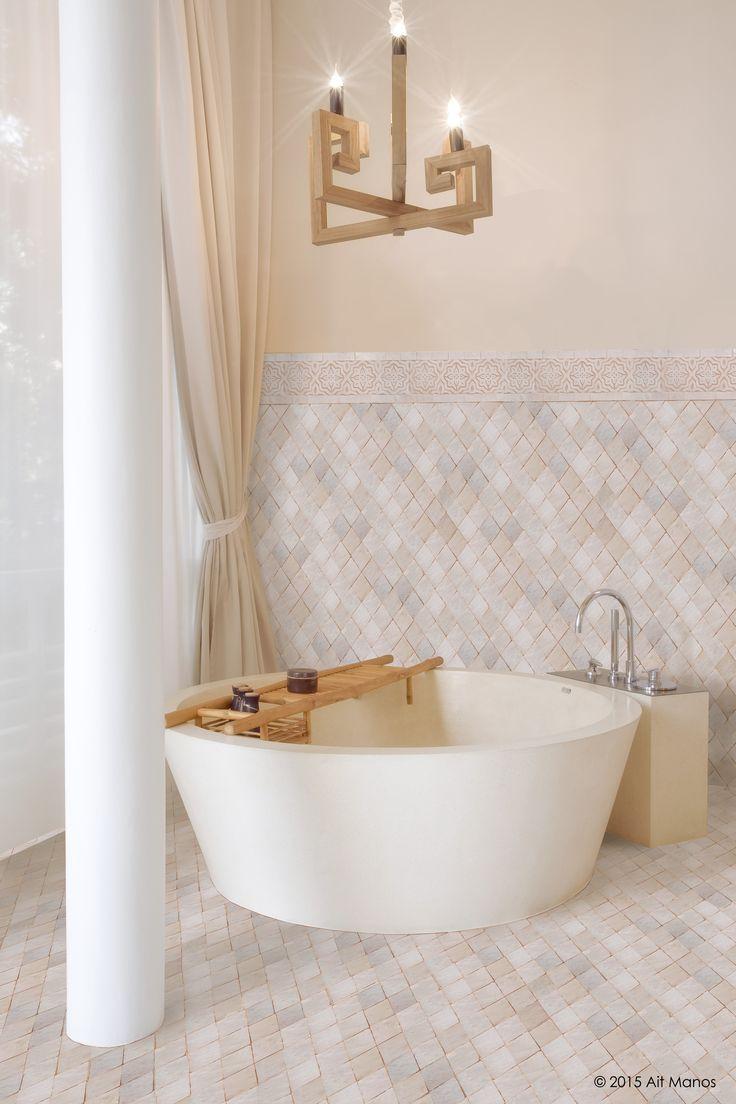 Les 25 meilleures id es de la cat gorie salle de bain for Salle de bain style hammam