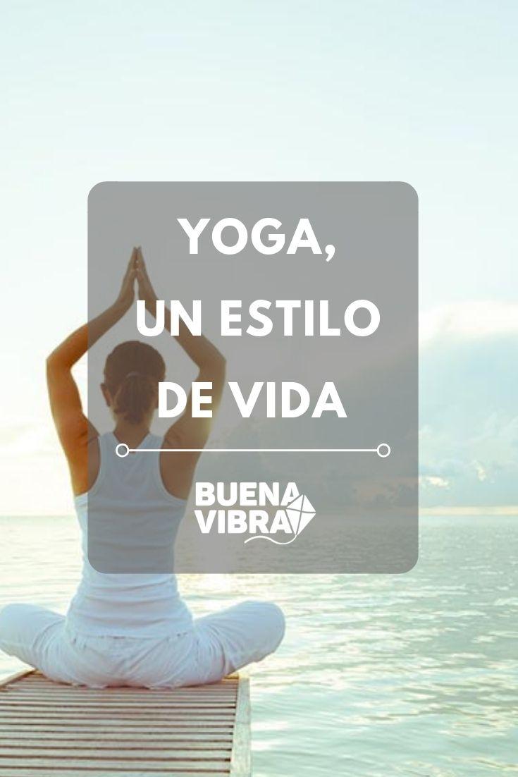 Si consideramos que el yoga es solo una actividad física nos estamos perdiendo de muchos beneficios para la salud. Claves para entenderlos y mejorar nuestra calidad de vida. Pilates, Mindfulness, Gym, Lettering, Frases, Healthy Breakfasts, Positive Vibes, Yoga Poses, Physical Activities