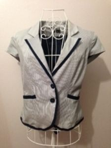 Vest with Cape sleeves