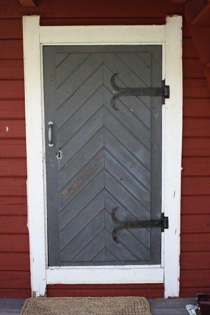Oven vanha väri.