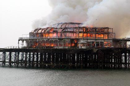 Brighton West Pier burning