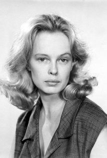 "Sandy Dennis, quirky actress of stage and screen. Won the Best Supporting Oscar for ""who's afraid of Virginia Wolfe."" 1937-1992."