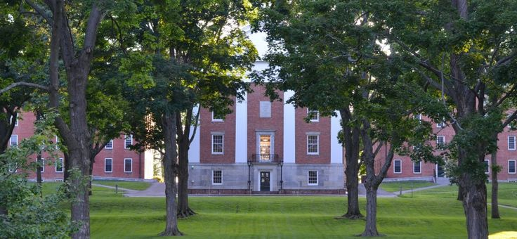 AMHERST COLLEGE | Pre-College highschool students