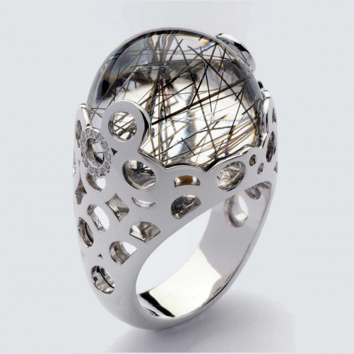 Ring in white gold with gemstone and diamonds by Ramon