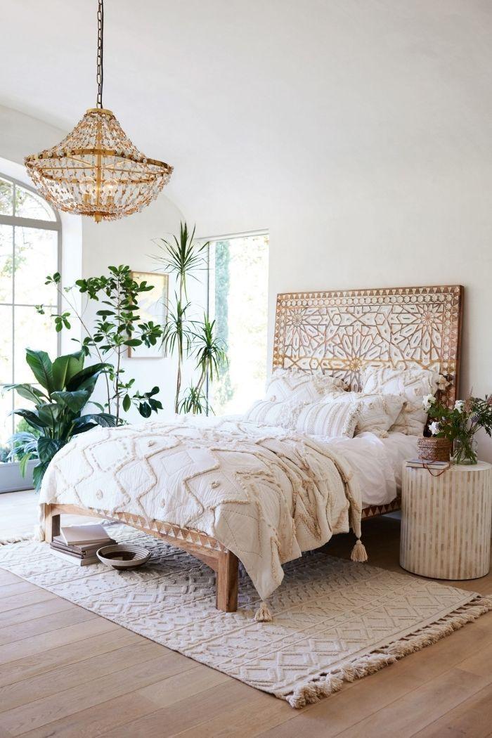 Design Chambre A Coucher De Style Boheme Aux Murs Blancs Avec