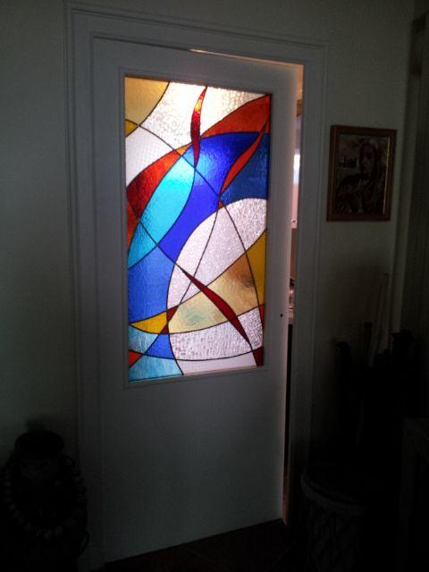 Vitrail porte intérieure motif contemporain : Vitraux d'Art Vanessa Dazelle