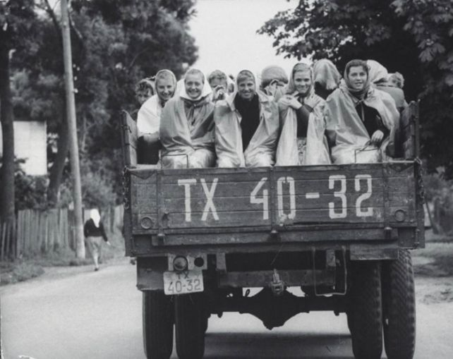 Колоритные фотографии Джерри Кука сделанные во время путешествия по Советскому Союзу в 1960 году #лайфхаки #технологии #вдохновение #приложения #рецепты #видео #спорт #стиль_жизни #лайфстайл