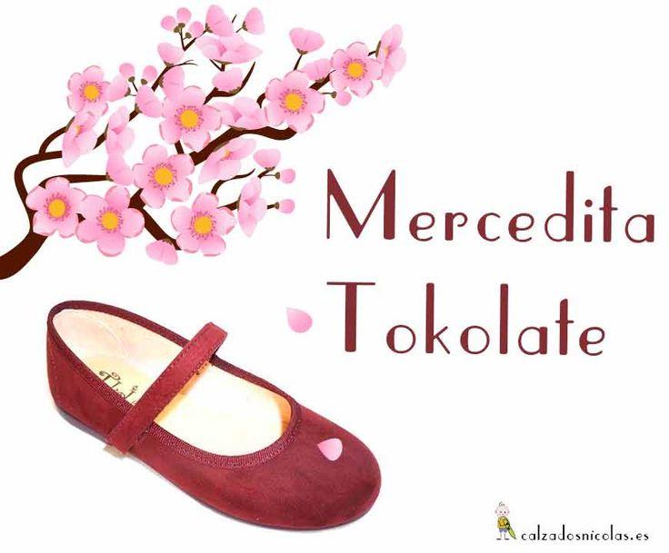 Nuestras #zapatilla favorita para las #niñas #Mercedita Tokolate con un estilo único que a las mamis les encanta para esta temporada.