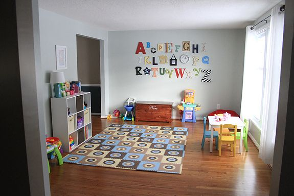 Best 25 living room playroom ideas on pinterest girls for Living room 6 letters