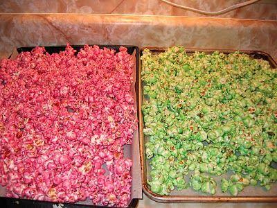 diy coloured popcorn !