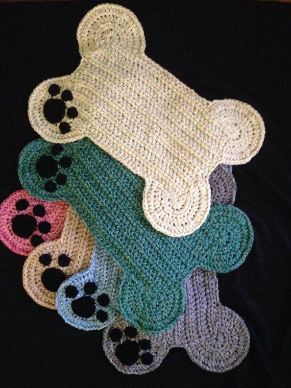 Dog Bone Paw Print Place Mat Large Size Pet Crate Dog Bone Etsy In 2020 Crochet Yarn Crochet Rug Crochet Crafts