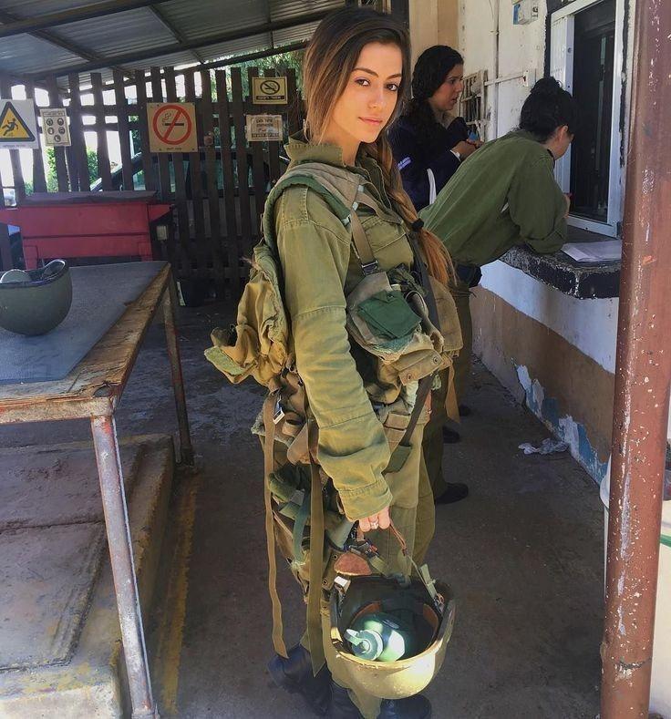 Soldat Mädchen in 2020   Frauen im militär, Frauen in der