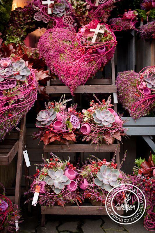 Kolekce | Dušičky | Květiny Petr Matuška Brno - dekorace, floristika, řezané…