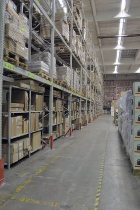 Tracking and managing inventory is a tedious task, and yet an important one to ensure you have enough product on hand to keep your customers happy. QuickBooks Pro, Premier, and Enterprise editions ...