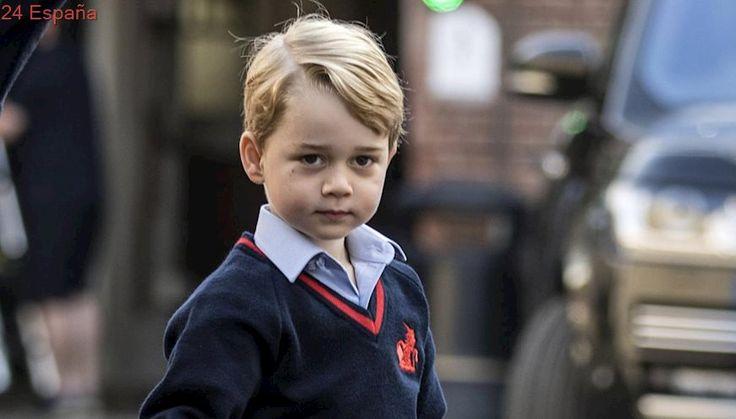 Así ha sido el primer día de colegio del príncipe Jorge