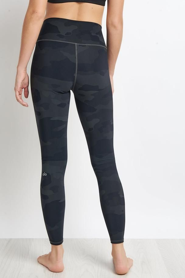 Alo Yoga High Waist Vapor Legging Black Camo Image 2 The Sports Edit Alo Yoga Legging Black Leggings
