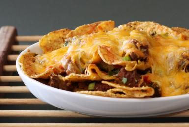 Cheesy Beef Nachos with the Works: Beef Nachos