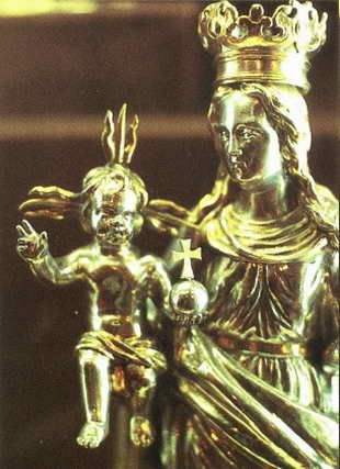 Roman Catholic pagan statue said to be Mary and Jesus but was Semiramis and son Nimrod.