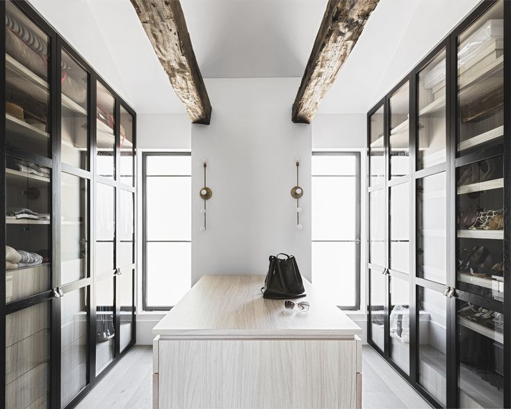 dream closet dressing room, by Handelsmann + Khaw