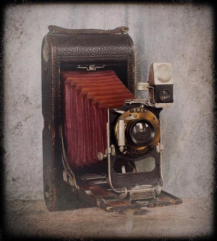 Vintage Kodak Camera Eastman Kodak 3A Folding Camera Antique Kodak Folding Camera with red bellows SPRING SALE (200.00 USD) by NostalgicWarehouse