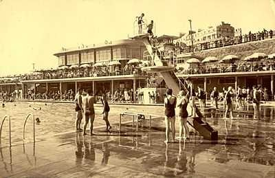 Black Rock Lido Outdoor Swimming Pool In The 1940s Brighton Uk Old Brighton Photography