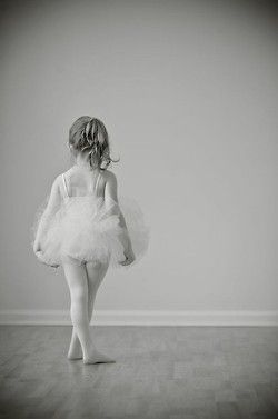 adorable... so glad my future little girl is getting ballet lessons from @Niki Kinney Braman  :))