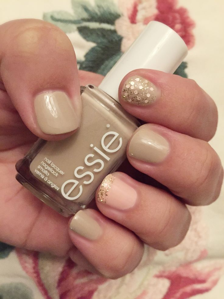 Essie 'sand tropez' is definitely one of my favourites, here with a soft pink accent and glitter