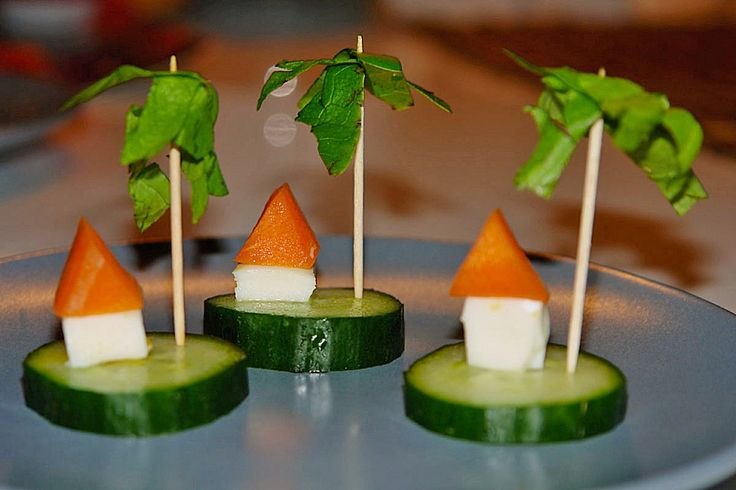 gurkeninsel mit haus und palme gesundes naschi pinterest rezepte und haus. Black Bedroom Furniture Sets. Home Design Ideas