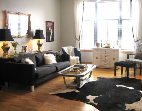 i need me some big brass lamps with black sexy shades!
