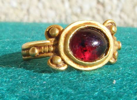 Roman Gold Ring with Garnet - authentic ancient jewellery old antique jewelry antiquities