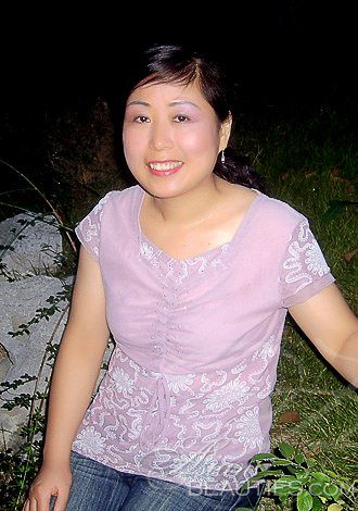 Absolutely dazzling women: zhiqin(Sarah), woman Asian woman romantic companionship