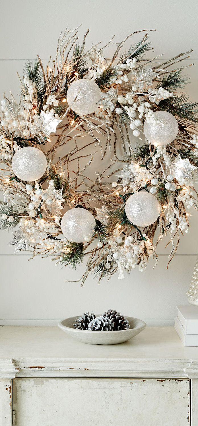 Spread the Christmas joy with a gorgeous wreath xx