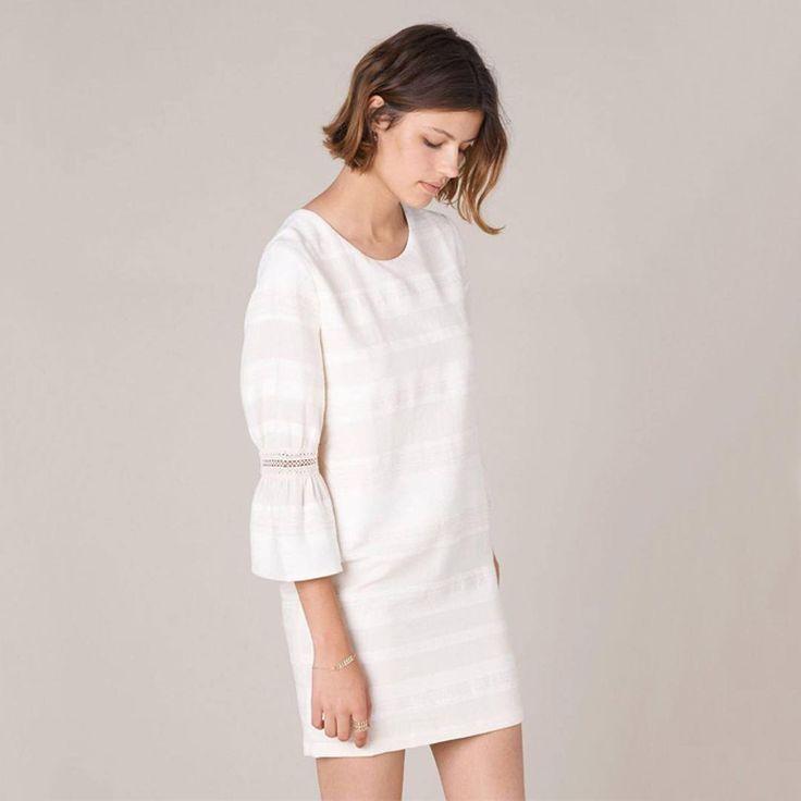 > Nouveauté - Robe Abbey, crêpon jacquard fantaisie tissé en France - Collection Prefall 17 - Déjà disponible en boutiques et en ligne sur Sessun.com.⠀  ⠀  > New in - Abbey dress, fancy jacquard crepon, woven in France - Prefall 17 collection - Now available in stores and online at Sessun.com. ⠀⠀  ⠀⠀  Abbey : lien dans la bio / link in bio⠀  ⠀⠀  #sessun #autumn #fashion #love #prefall #new #photooftheday #ootd