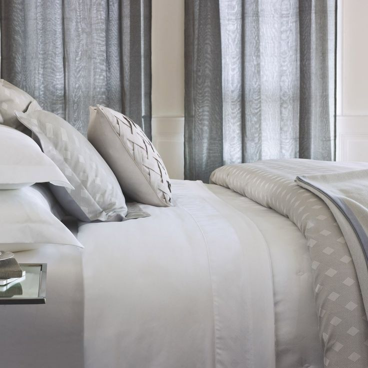 Yves+Delorme+Prisme+Bed+Linen+-+Luxury+Egyptian+cotton+bed+linen+collection+with+geometric+diamond+design. With+a+300+thread+count,+available+in+a+choice+of+colours,+the+luxurious+Yves+Delorme+Prisme+Bed+Linen+collection+will+fit+right+at+home+in+your+style-conscious+bedroom+interior. Exuding+sophistication+and+understated+opulence,+this+Egyptian+combed+cotton+designer+bed+linen+celebrates+a+premium+jacquard+sateen+available+in+a+choice+of+sizes. Inspired+by+Art+Deco+glamour,+each+element...