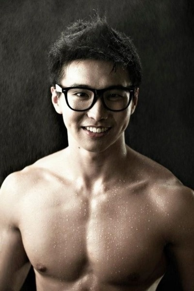 nerdy asian guys dating Asian dating for asian & asian american singles in north america and more we have successfully connected many asian singles in the us, canada, uk, australia, and beyond.