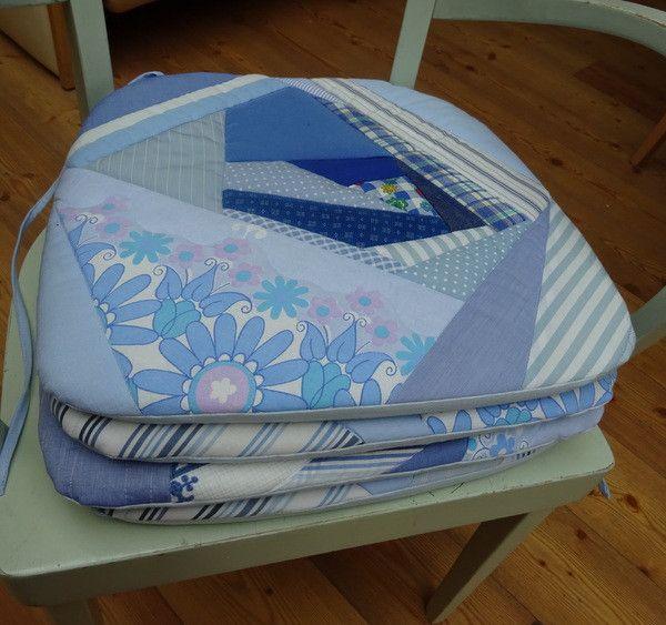 Stuhlauflagen - Stuhlkissen hellblau vintage - ein Designerstück von Gasani bei DaWanda
