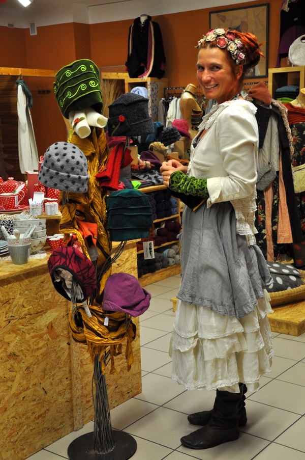 So many fabulous hats! - Naturmoden Steffi Hacke