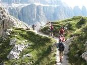 Te voet door het Geisler-Puez massief.     SNP-groepsreis Te voet over de Alpen, etappe 3. Reiscode: 101383.    Meer informatie: http://www.snp.nl/reis/italie/te_voet_over_de_alpen_etappe_3#