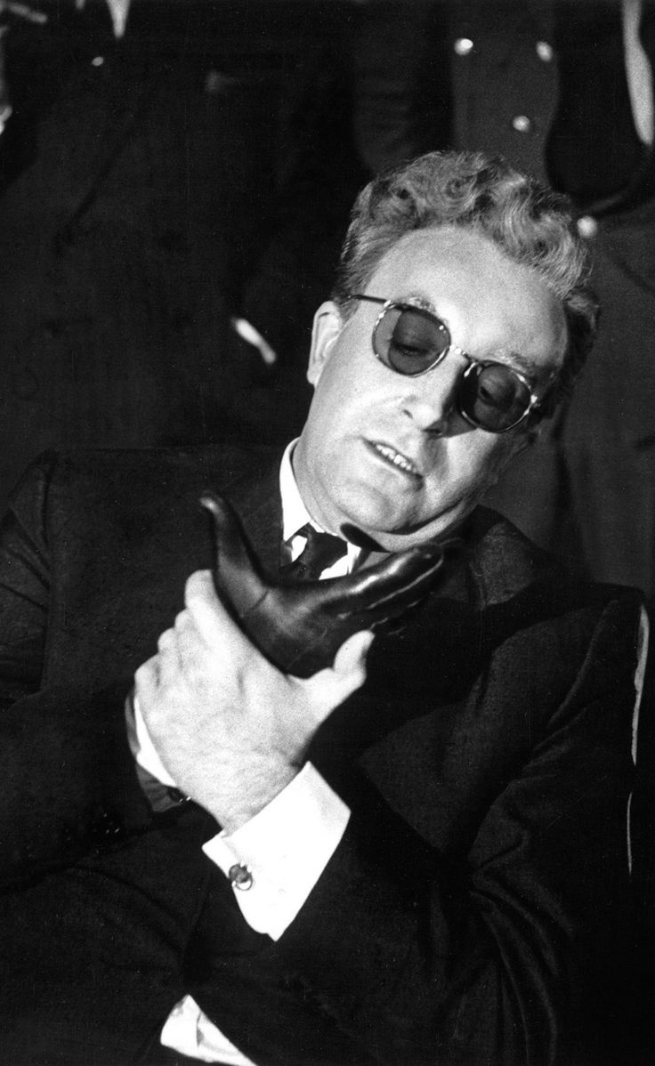 17 best images about dr strangelove oscar winners peter sellers in stanley kubrick s dr strangelove