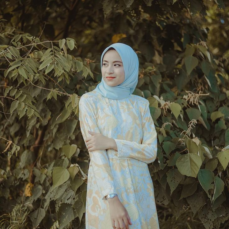 Nothing is cute enough to compensate for how modesty feels🦋 . Featuring : Tihany pucci jubah by @neurulnaza Shawl by @qameliascarves @modvierkuantan . Do whatsapp us at +0192313103 for online order and more details (Kuantan)