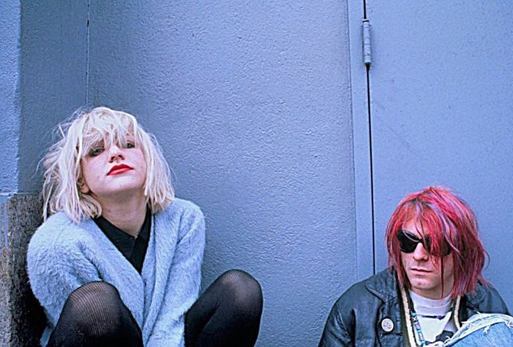 Courtney Love and Frances Bean want the public release of Kurt Cobain's death pictures blocked: http://www.dazeddigital.com/music/article/25732/1/courtney-love-blocks-release-of-kurt-cobain-death-pictures