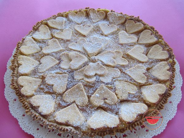 http://cocomerorosso.blogspot.it/2014/03/crostata-con-crema-di-limone.html Crostata con crema di limone