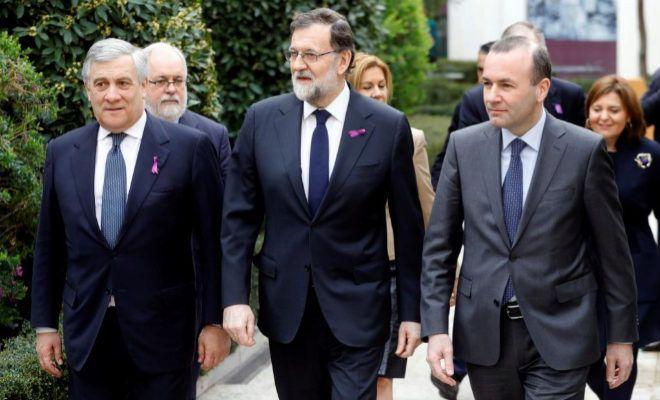 """Rajoy dice que trabajará por la igualdad real """"sin regatear esfuerzo"""""""