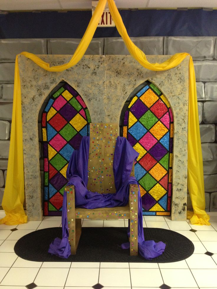 Grace point church abilene tx Kingdom rock vbs Throne area with faux stained glass windows made with aluminum foil, colored cellophane sheets, and black tape.