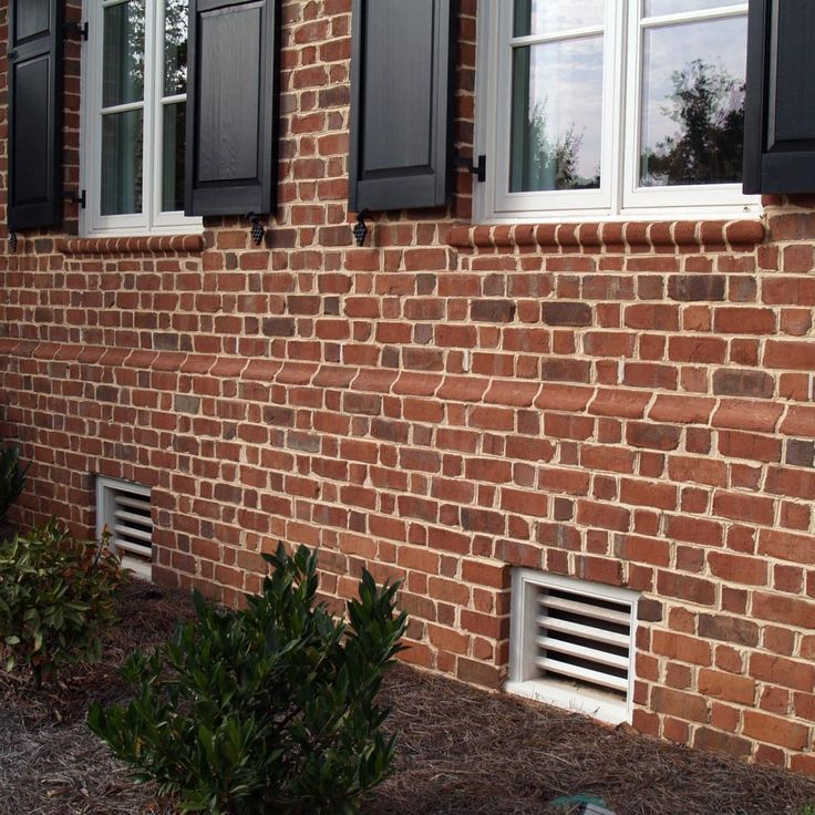 Pine Hall Brick Old Yorktown Authentic Tumbled Brick With