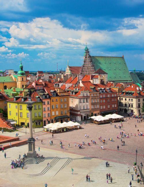 Zapraszamy na zwiedzanie Starówki, z najlepszymi licencjonowanymi przewodnikami. Nasze spacery po Warszawie to prawdziwa podróż w czasie!